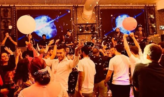 שרית & איתי – להקת ריטלין בקבלת פנים, חופה וריקודים בחתונה